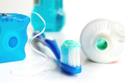 Should You Floss Before Or After Brushing Your Teeth?